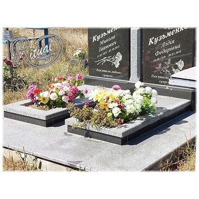 Надгробная плита 19n