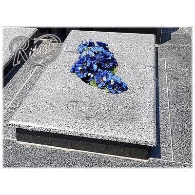 Надгробная плита 63n