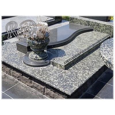 Надгробная плита 83n